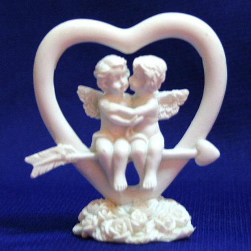 Ангелочки на сердце