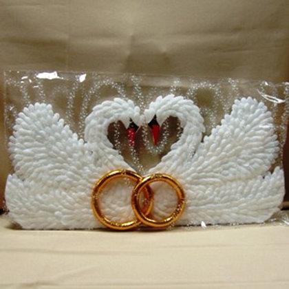 Лебеди на радиатор свадебной машины