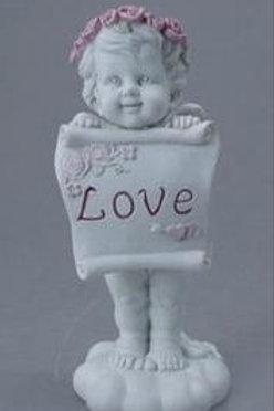 Ангел с надписью LOVE