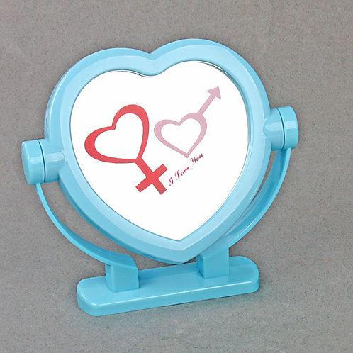 Зеркало в виде сердца