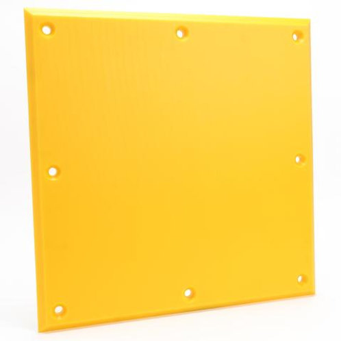 yellow trailer plate