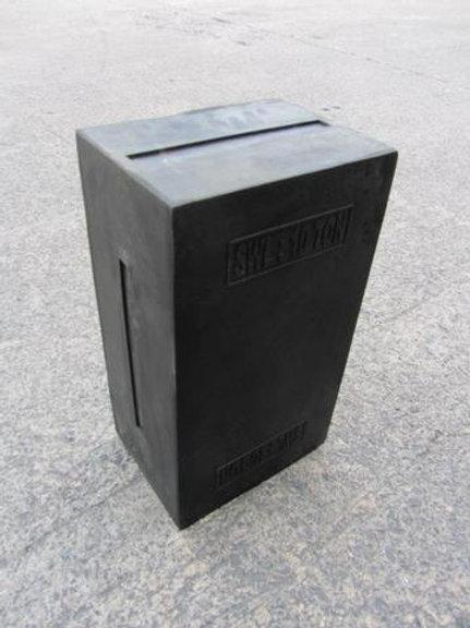 black rubber moulding block outside