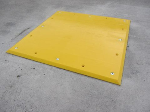 yellow trailer plate in warehouse