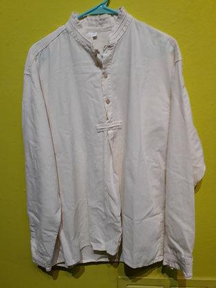 """White Ecuadoran Shirt  24"""" W"""