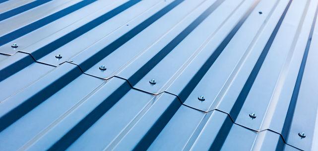 metal-roof-mammoth-roofing-480x1012.jpg