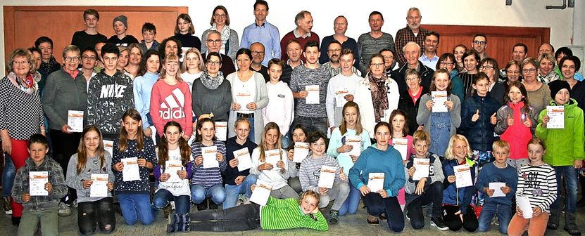 Sportabzeichen_Bild Lacher.jpg
