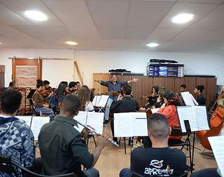 ensaio da Orquestra na Sala Aprediz