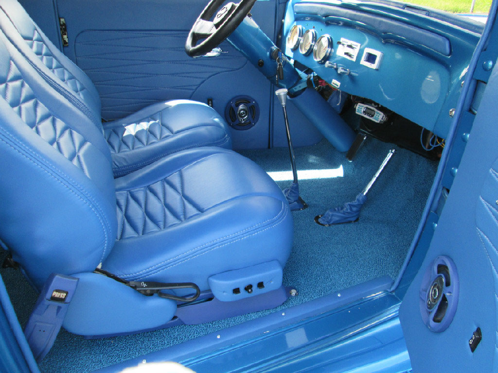 '32 Chevy Sedan