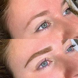 Maquillage semi permanent sourcils bordeaux
