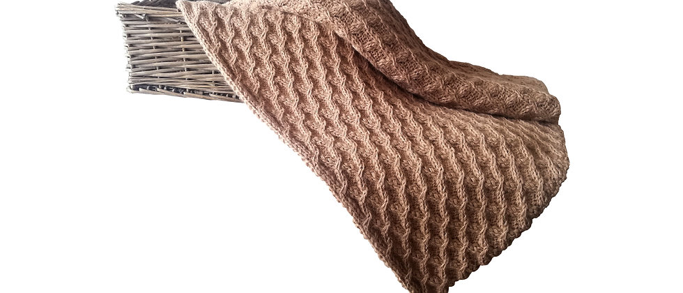 Luxuruios Alpaca Throw (Beige)