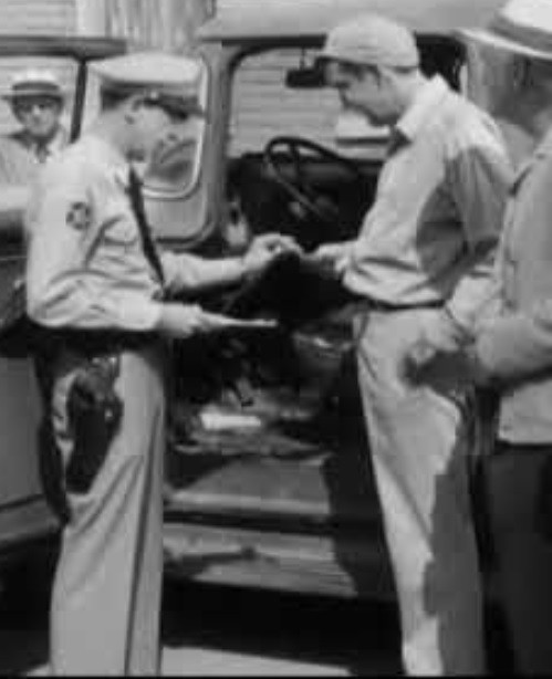 Barney and Gomer in Citizen's Arrest episode of The Andy Griffith Show