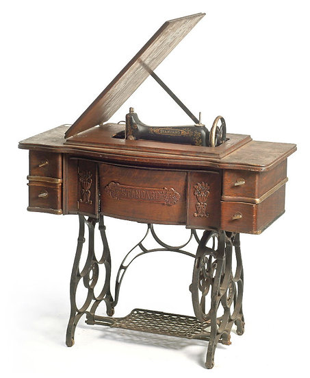 Sawing Table שולחן מכונת תפירה