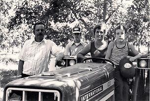 Charles, Alice, Chuck & Hal 1975.jpg
