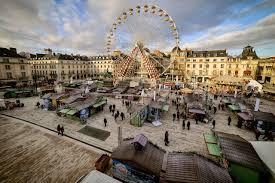 Place du Martroi et marché de Noël