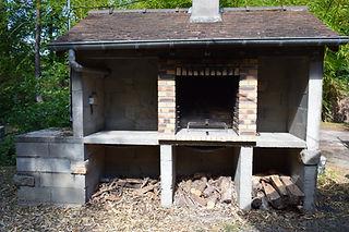 Barbecue de pierre pour de meilleures grillades