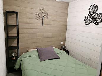 Chambre 2 Grand lit