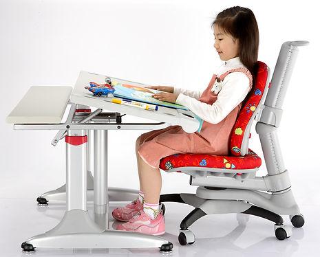 Gilr in Oxford Smart Desk.jpg