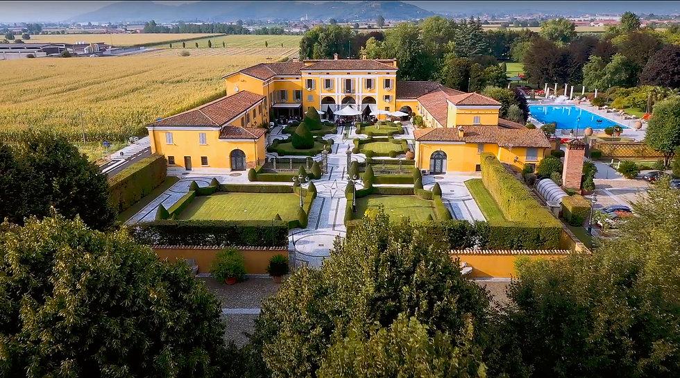 drone villa.jpg