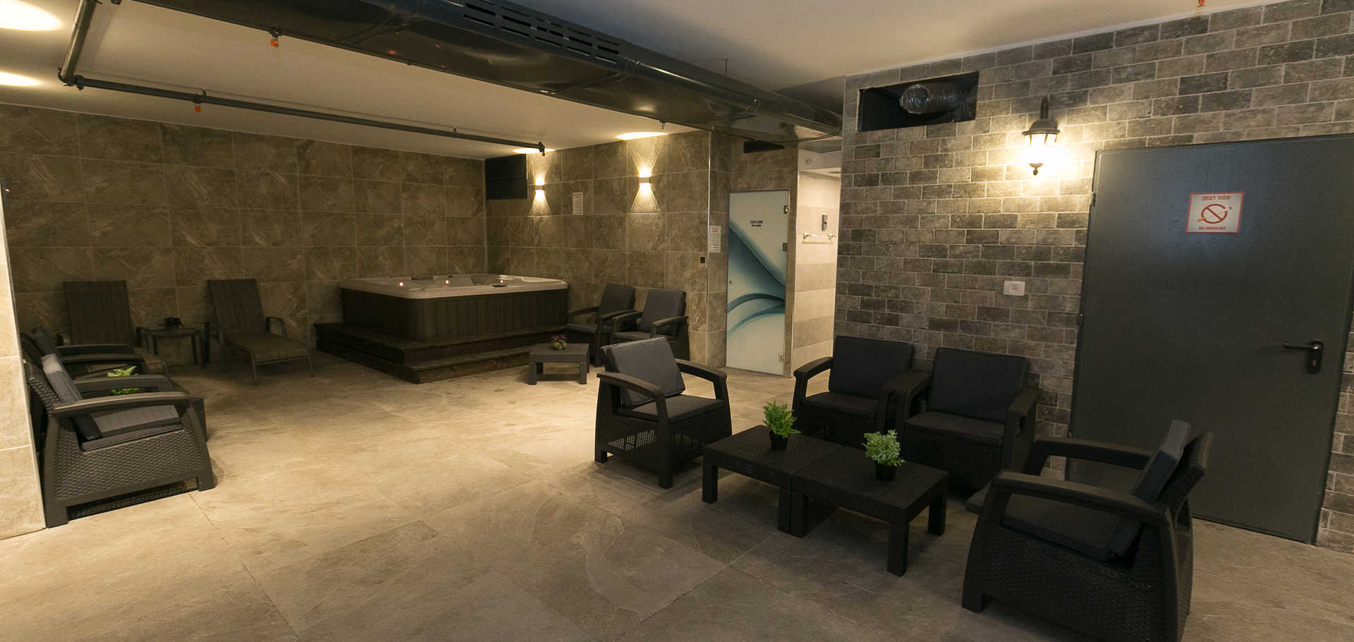 The spa area and wet sauna