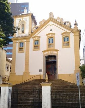 fachada-da-igreja_edited.jpg