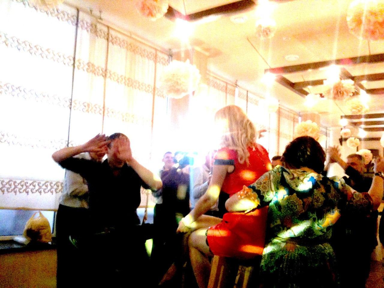 013 свадьбу  Днепропетровск, ведущий в Днепропетровске, тамада на свадьбу в