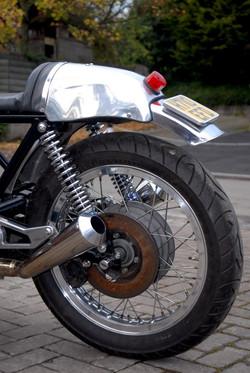 guzzi cafe racer 070 (Small).JPG