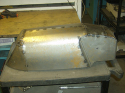 Fuel tank- footrest plates.JPG