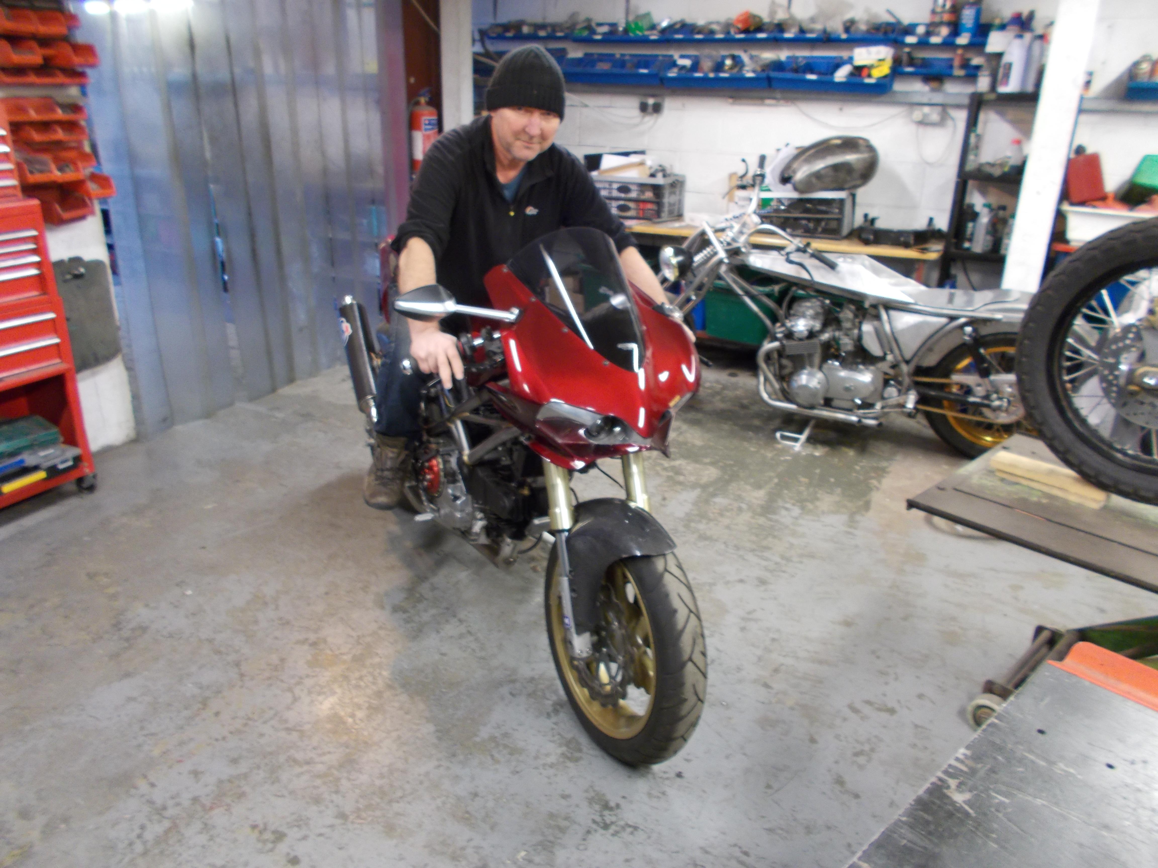 Mike Elson - Ducati (9).JPG