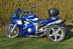 R6 Trike adj3 (Small).JPG