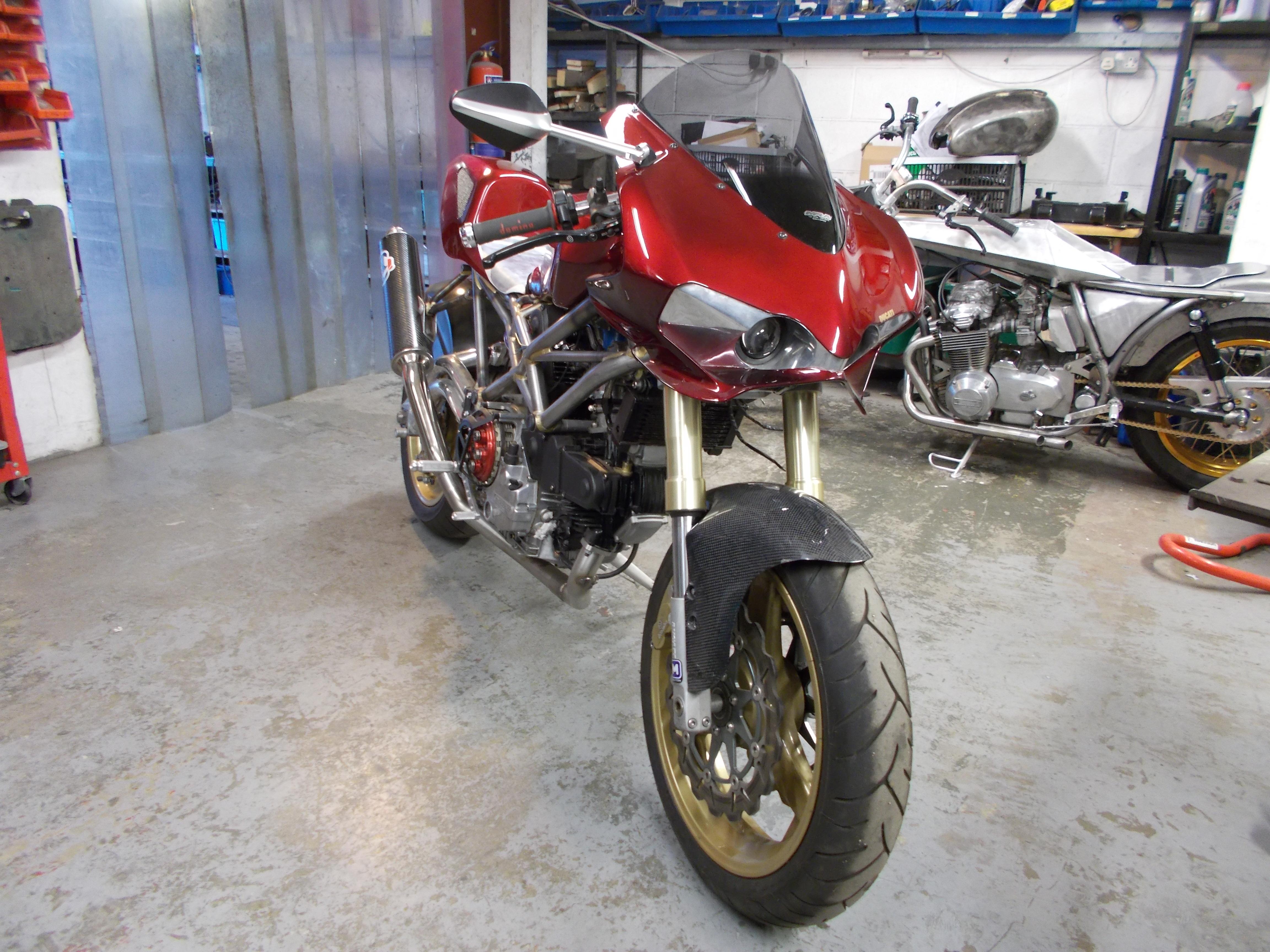 Mike Elson - Ducati (4).JPG