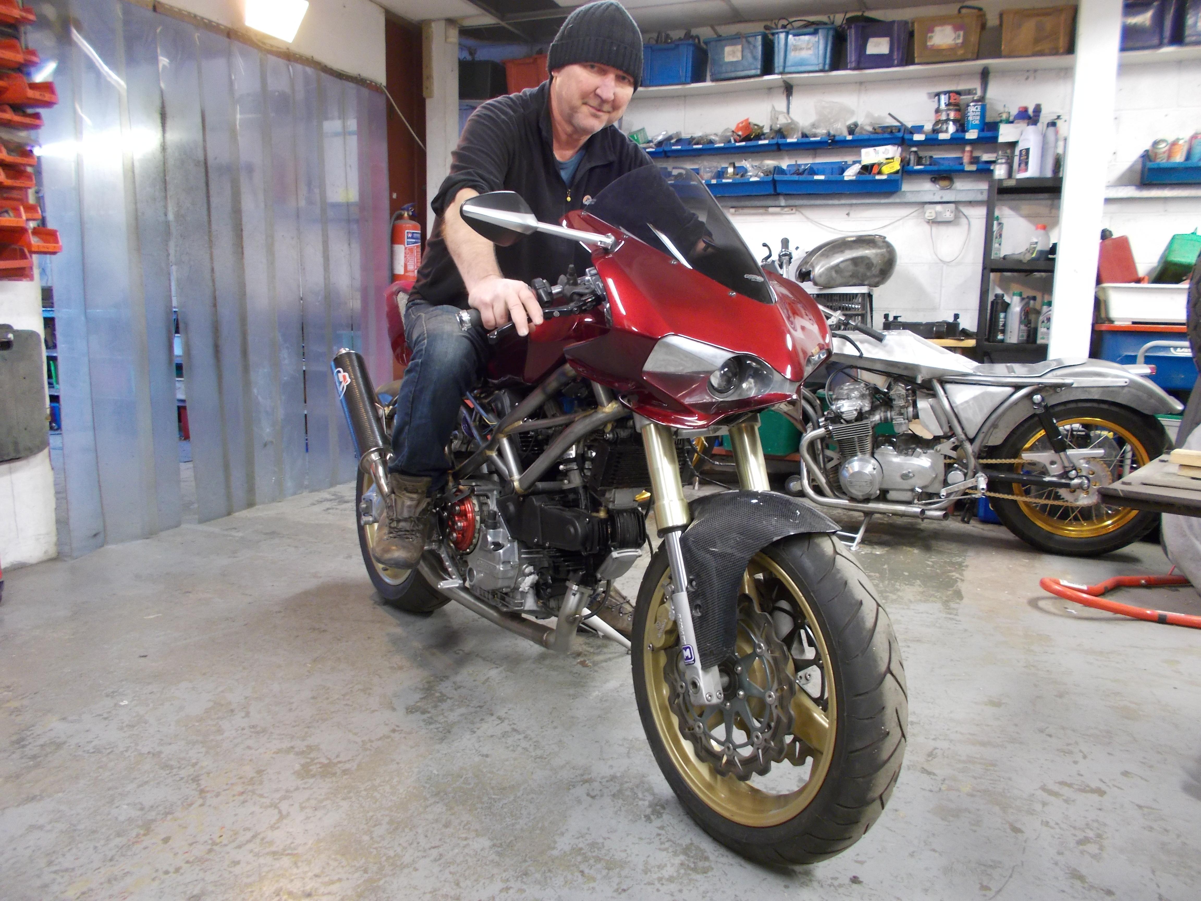 Mike Elson - Ducati (10).JPG