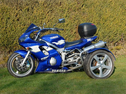 R6 Trike adj1 (Small).JPG