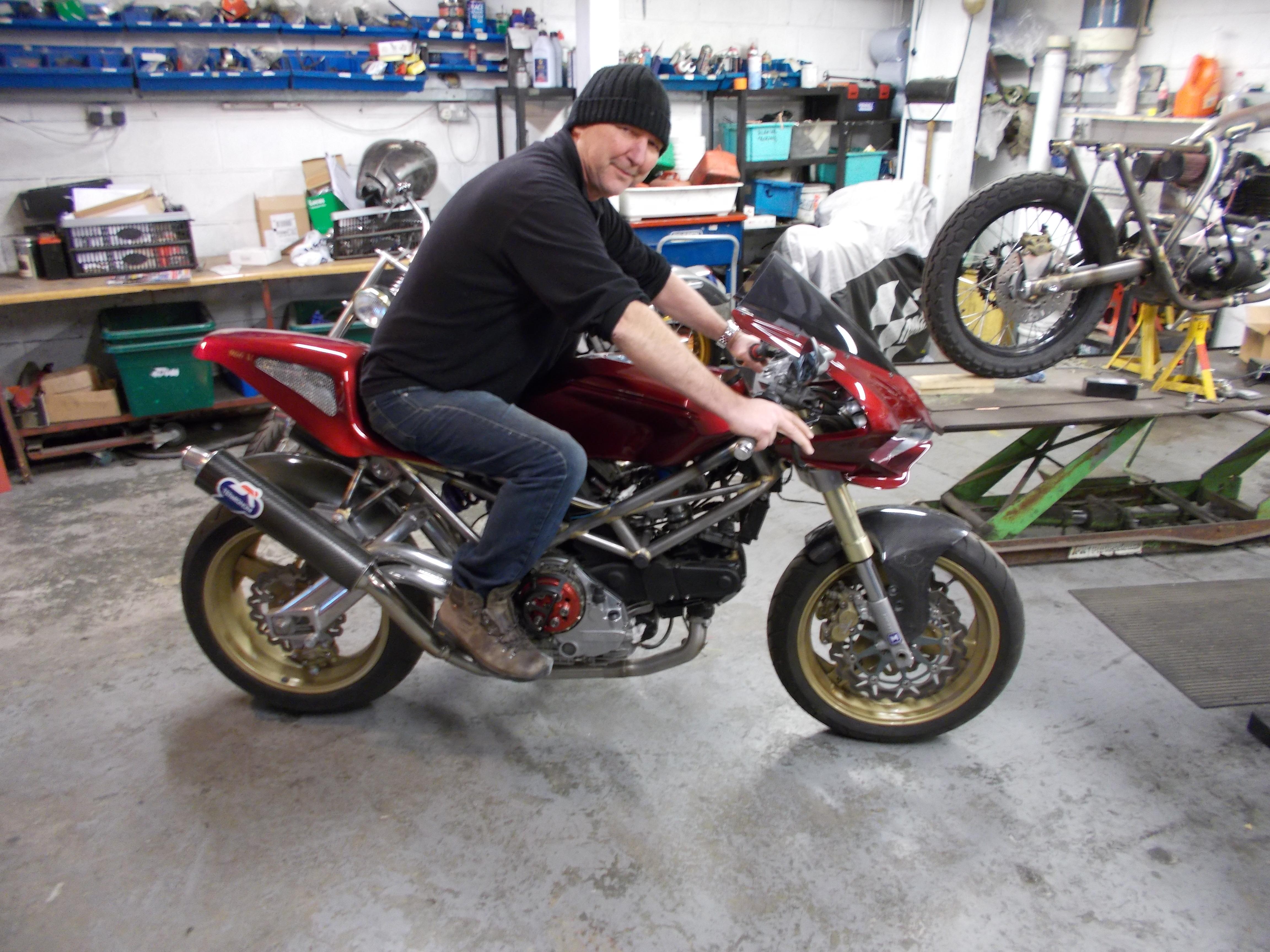 Mike Elson - Ducati (7).JPG