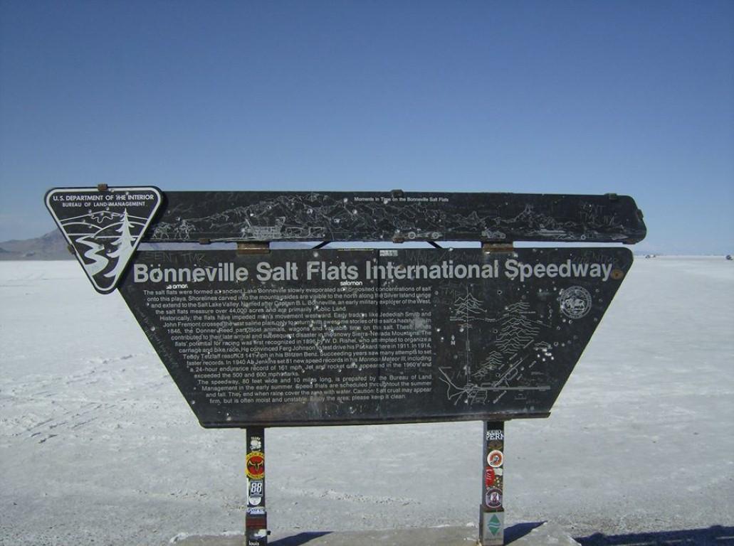Salt flats sign (Medium).jpg