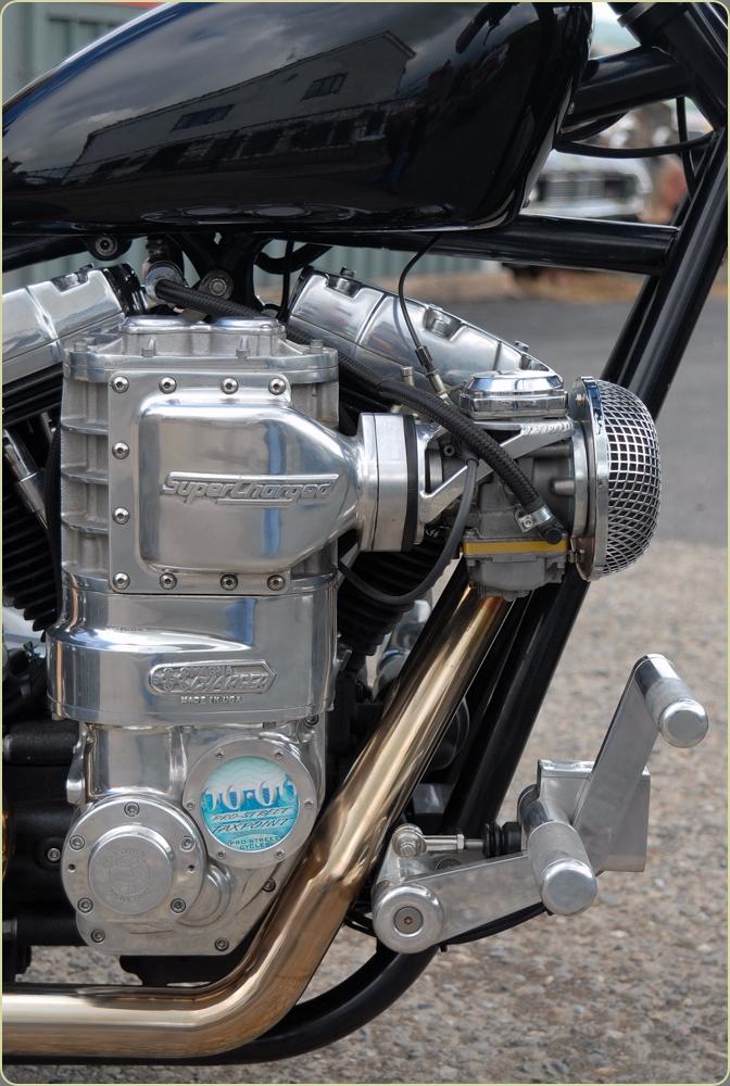 supercharged trike 048.jpg
