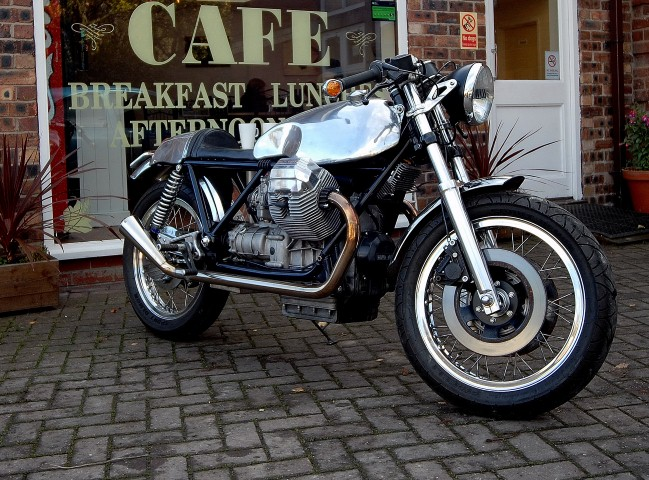 guzzi cafe racer crp16 (Small).JPG