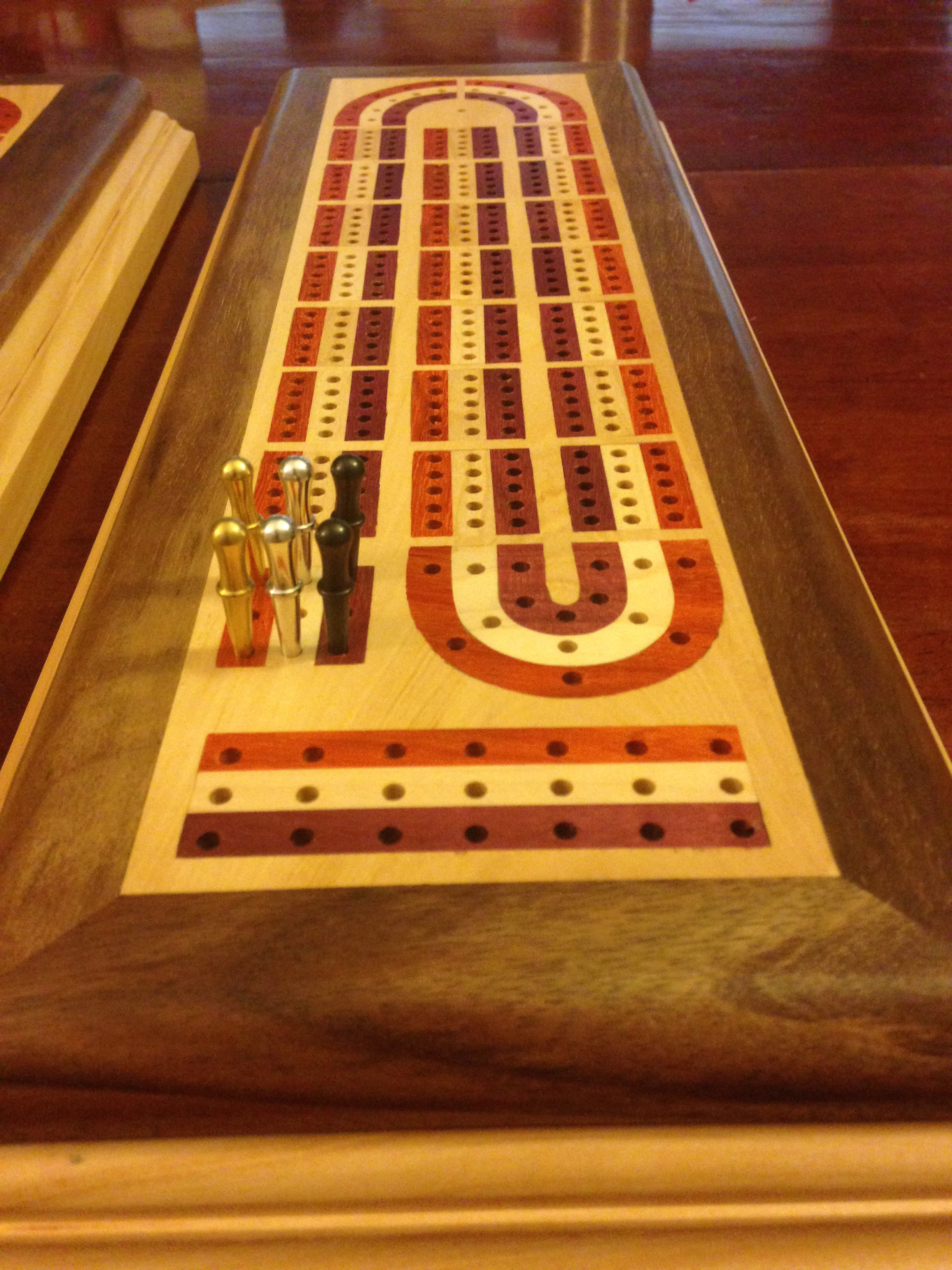 Inlayed Cribbage Board Pegs