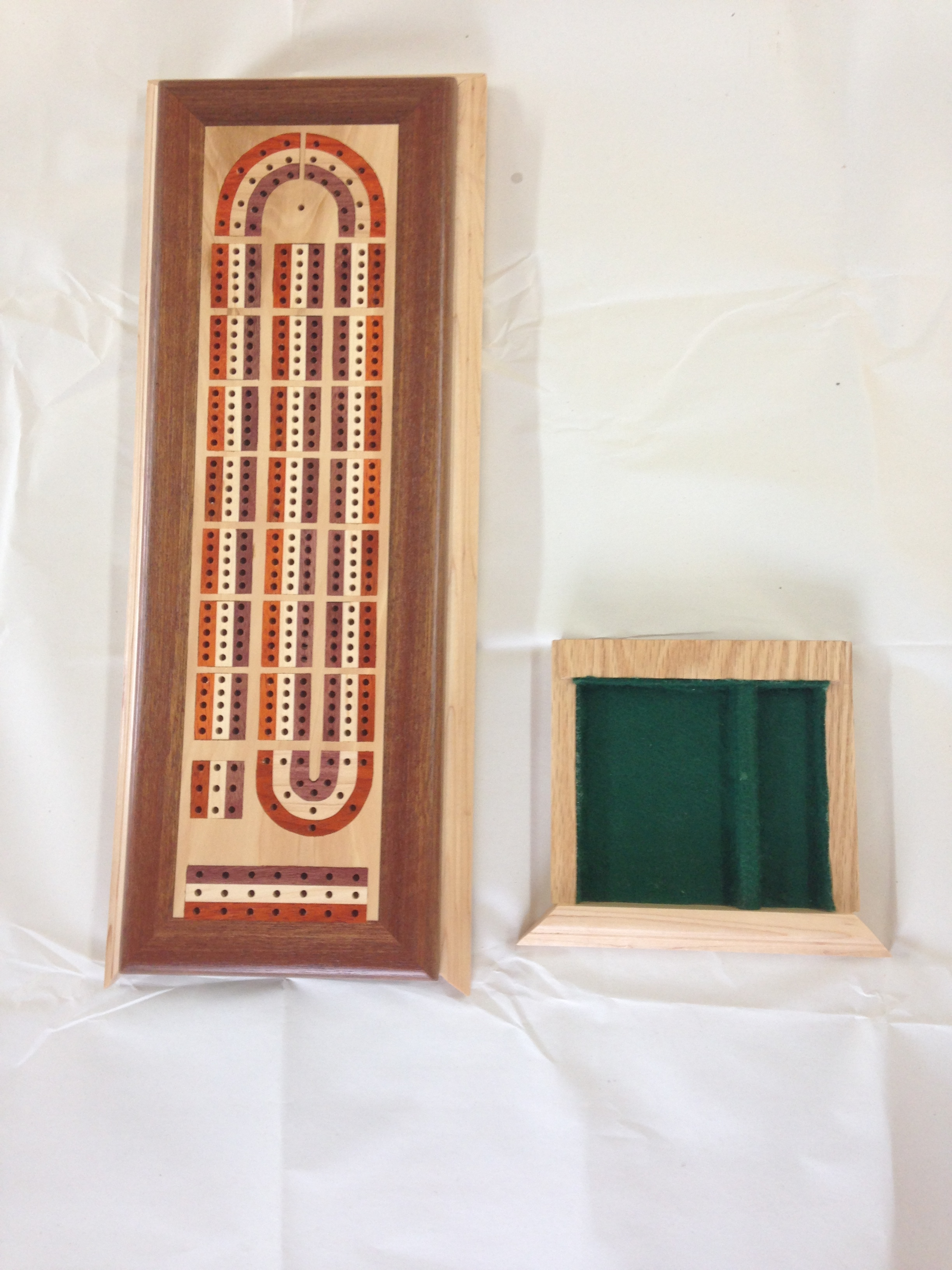 Inlayed Cribbage Board & Card Tray