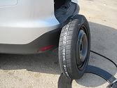 החלפת צמיגים של גלגלי רכב