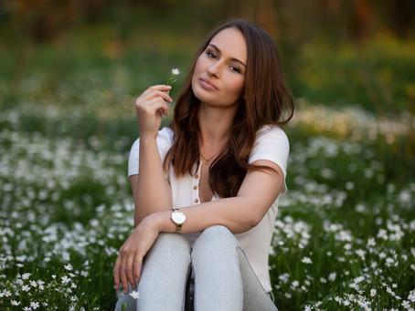 Portrétní focení s Adélkou, kaštanová alej, duben 2020