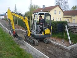 Pflasterarbeiten Gehweg jn Gartenbau