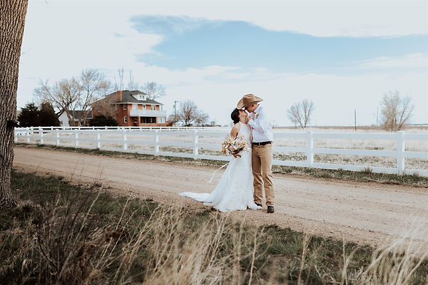 Harmon Farms Styled shoot Boho farm wedd
