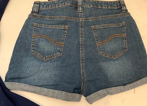 Kids girls shorts 6/14 years £2.50