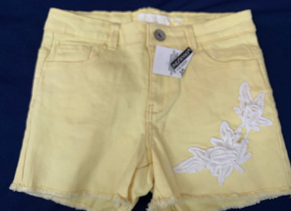 Kids girls shorts 4/14 years £2.50