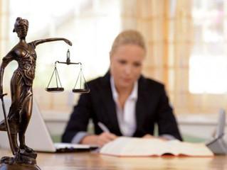 Asistent manager intr-un birou de avocatura