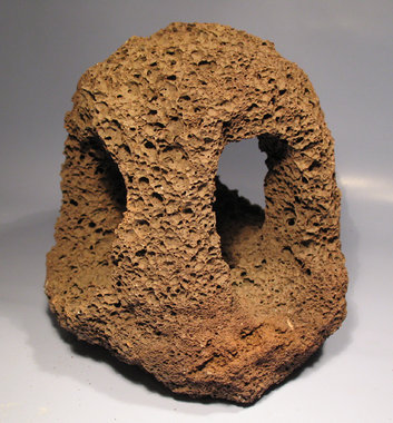 Gruta de Rocha Vulcância c/ 1 buraco