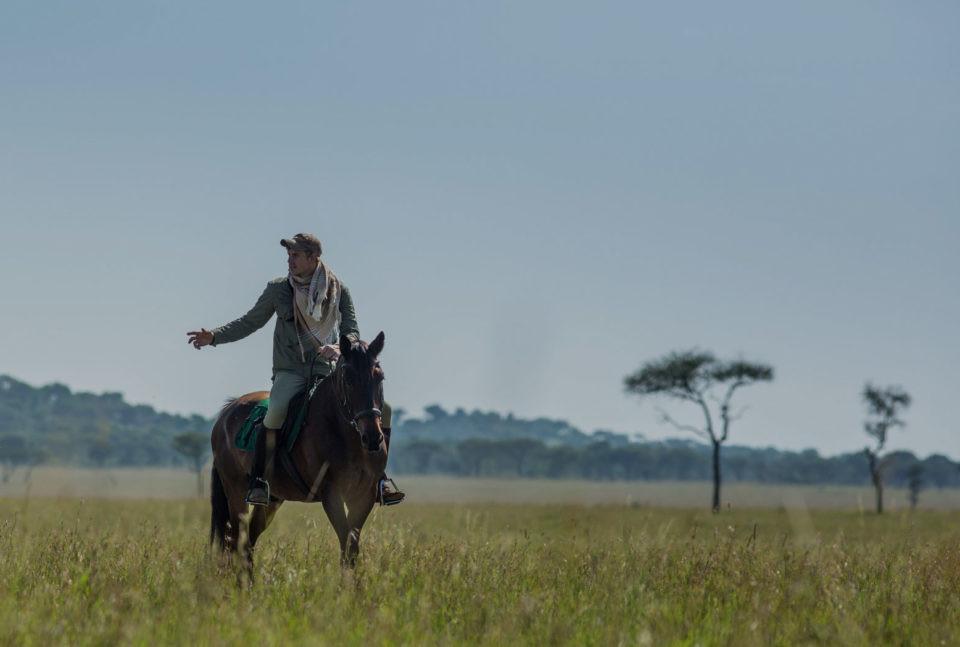 James-Suter-Horse-Riding-960x647.jpg