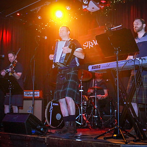 The Brave Ceilidh Band