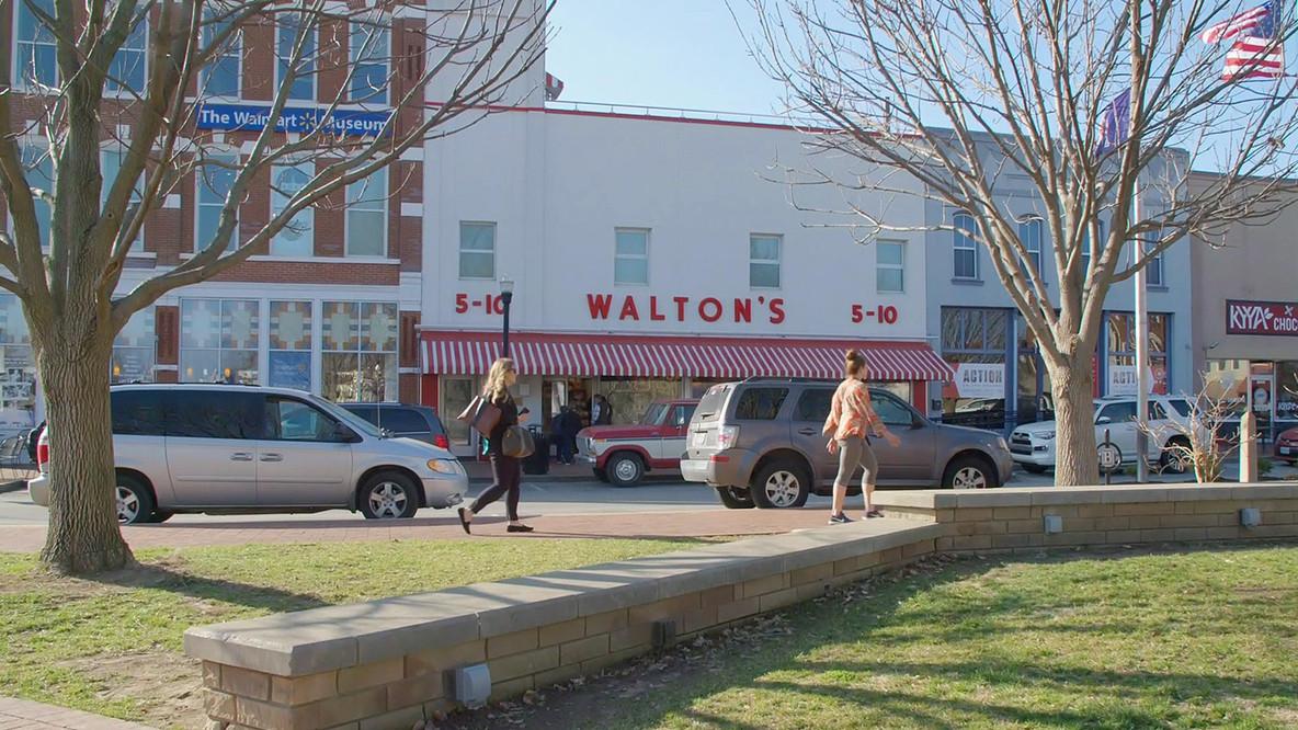Walmart_Still_04.jpg