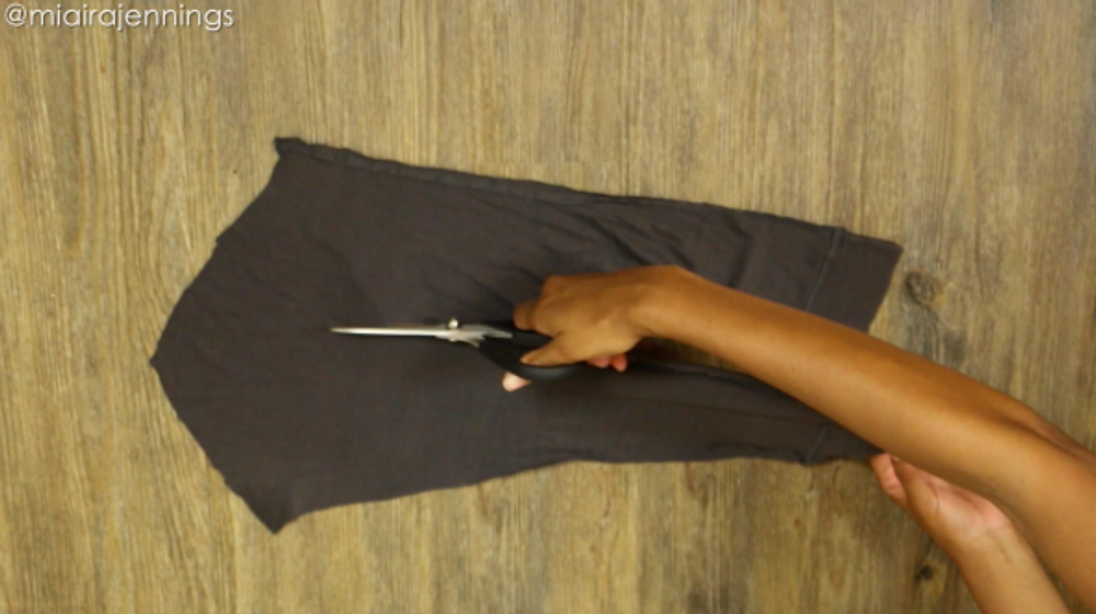 cut sleeve into strips